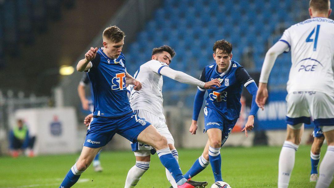 Драматична победа запази надеждите на Чорбаджийски и Алекс Колев (видео)
