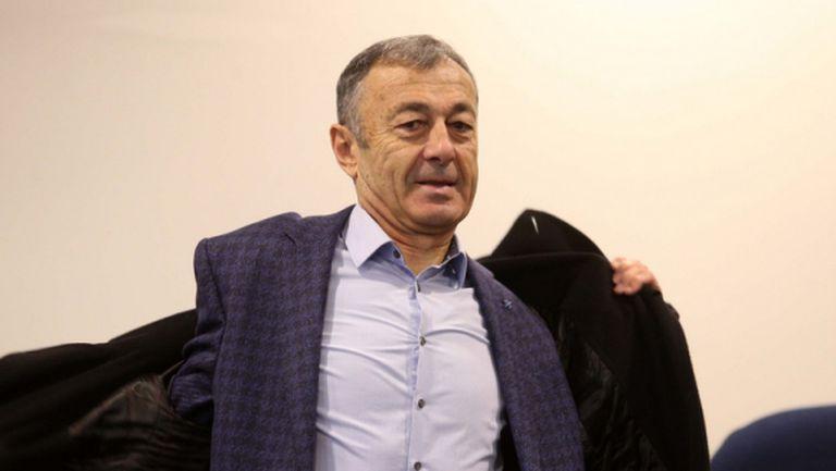 Пламен Марков: Разделяме се само с Бодуров (видео)