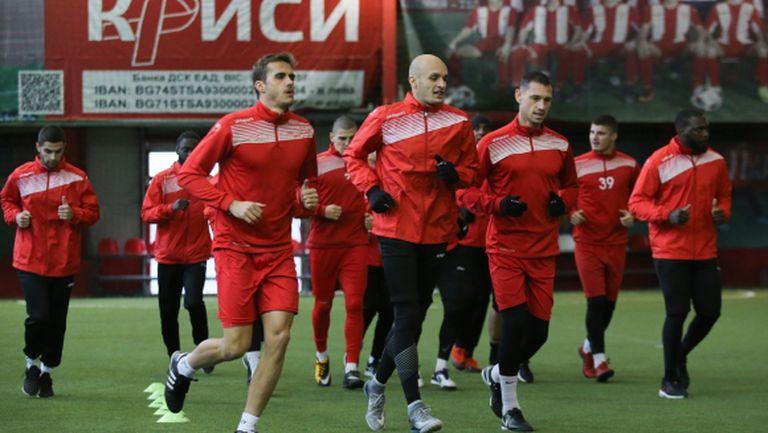 Царско село започна подготовка с 13 футболисти