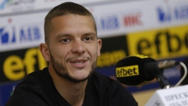 Официално: Ненов отново ще играе в Дунав