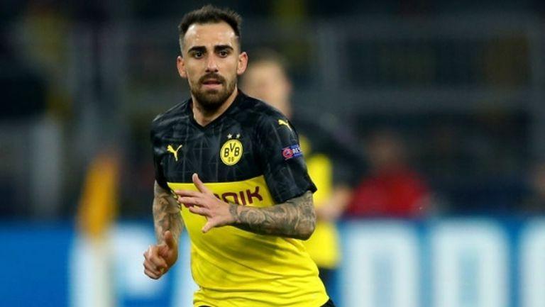Алкасер си тръгва от Дортмунд заради Холанд