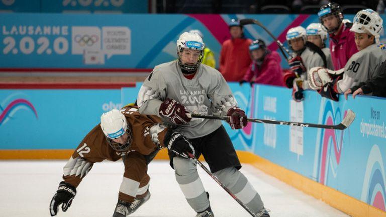 Българка и хокейният й отбор са втори засега в Лозана, стартираха и биатлонистите