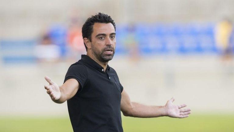 Чави няма да стане треньор на Барса преди края на сезона
