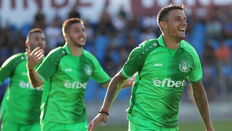 Хебър заминава за Турция с 26 футболисти