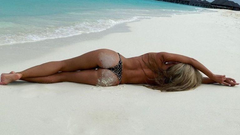Футболна съпруга побърка социалните мрежи с нова доза еротика (снимки)