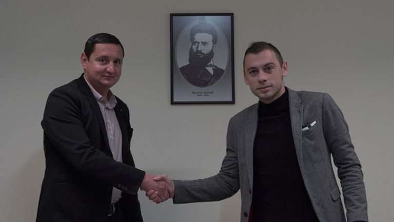 Лъчезар Балтанов подписа нов договор с Ботев (Пловдив)
