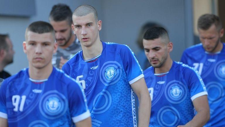 Черноморец започна подготовка с нов треньор и седем попълнения