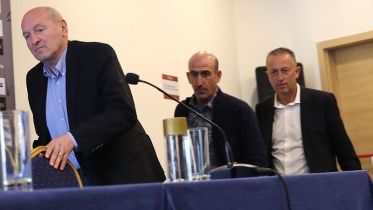 Временният президент на БФС обеща изкуствена настилка за два терена в Първомай