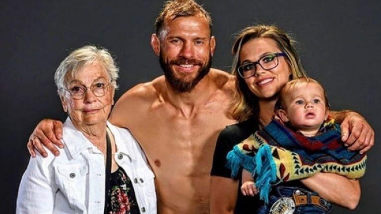 Леля води физическата подготовка на Доналд Серони