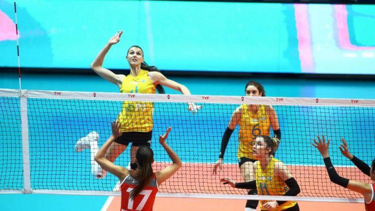 Нася и Гергана със силен мач за ПТТ в Турция (снимки)