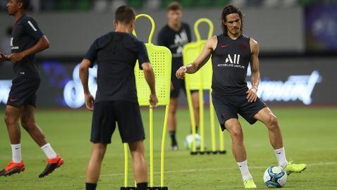 Бащата на Кавани намекна за трансфер в Атлетико