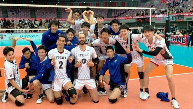 Супер Матей Казийски с 28 точки за победа №20 на ДжейТЕКТ в Япония (снимки)