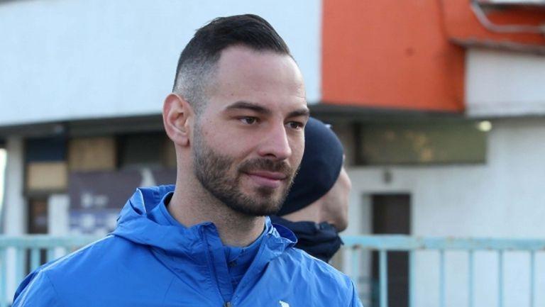 Две от трите нови попълнения излизат титуляри за Левски срещу арменци