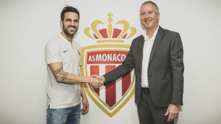 Фабрегас подписа с Монако