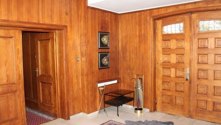 Така изглежда един от имотите на Божков отвътре, МВР го показа (видео+снимки)