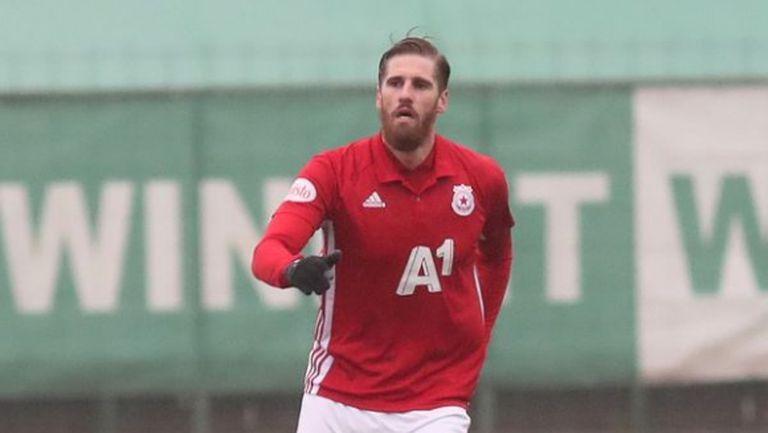 Албентоса измества Пинто като втори капитан на ЦСКА-София