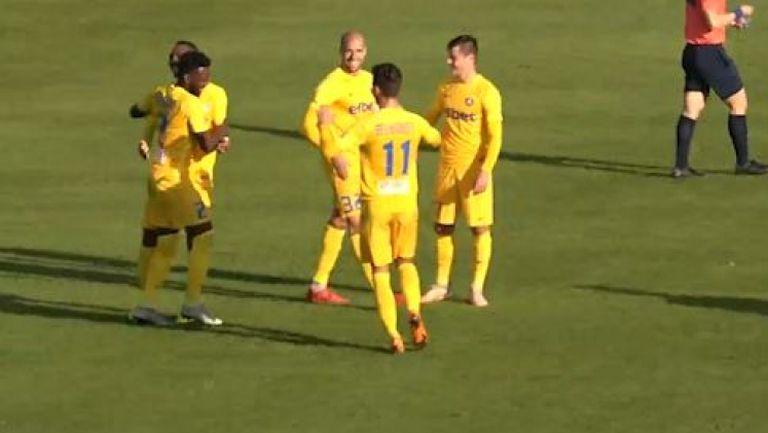 Новакът Н'Кололо с хубав гол за Левски срещу УФА