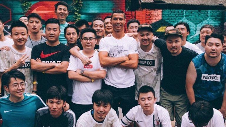 Отсъствие на Роналдо от терена донесе по 312 долара на корейски фенове
