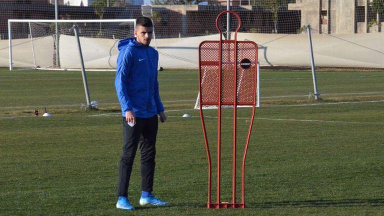 Стойчо Атанасов: Допада ми футболът на Стамен Белчев