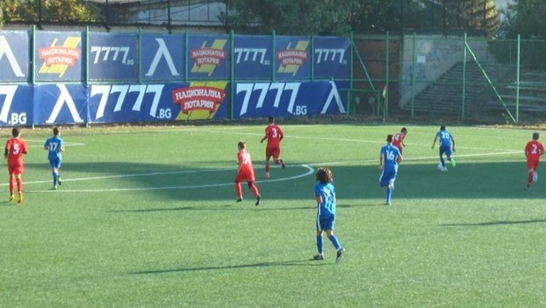 Левски разгроми ЦСКА 1948 с 22:0 при децата