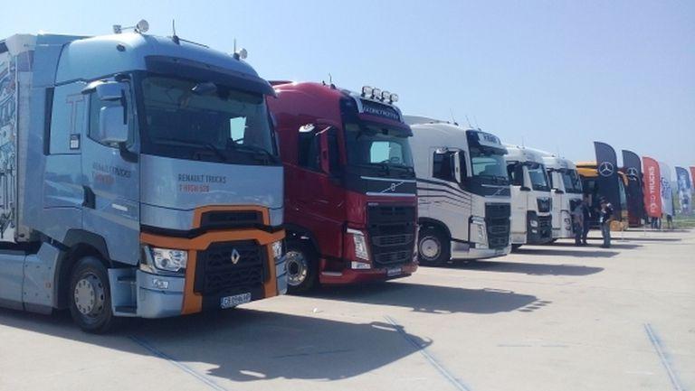 От 120 години камионите движат света