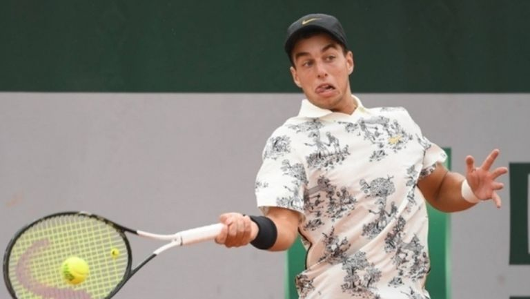 Адриан Андреев отпадна в първия кръг на турнир по тенис в САЩ