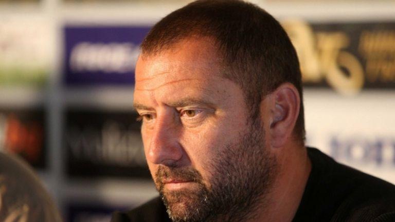 Кривия внася напрежение в Ботев с мениджърски игри?