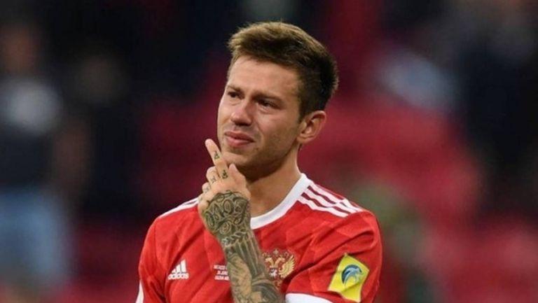 Смолов отказал на Манчестър Юнайтед заради Селта
