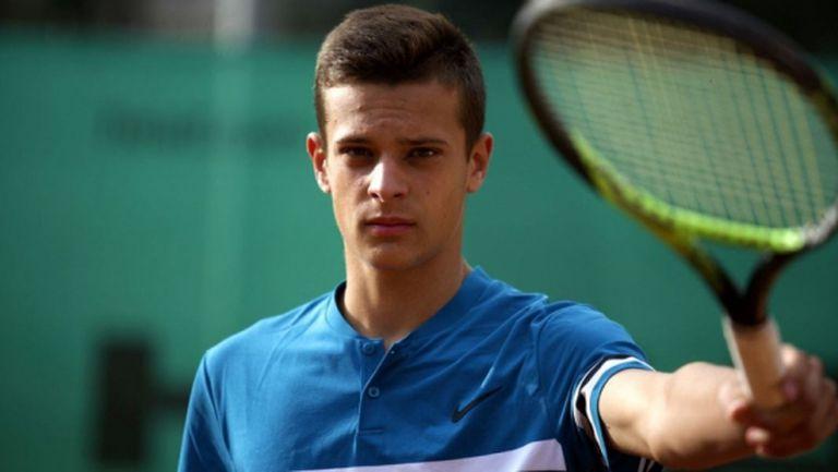 Симеон Терзиев с две победи и четвъртфинал в Анталия