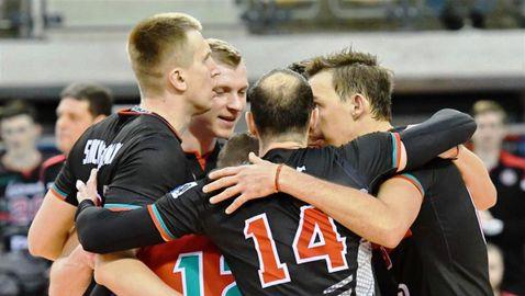 Пламен Константинов и Локомотив (Новосибирск) на 1/4-финал за Купата на CEV (снимки)