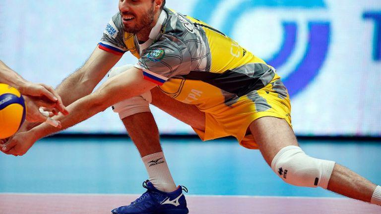 Теодор Салпаров се връща като играещ спортен директор на шампионите?