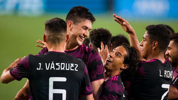 Мексико победи Панама с 3:0 в контрола
