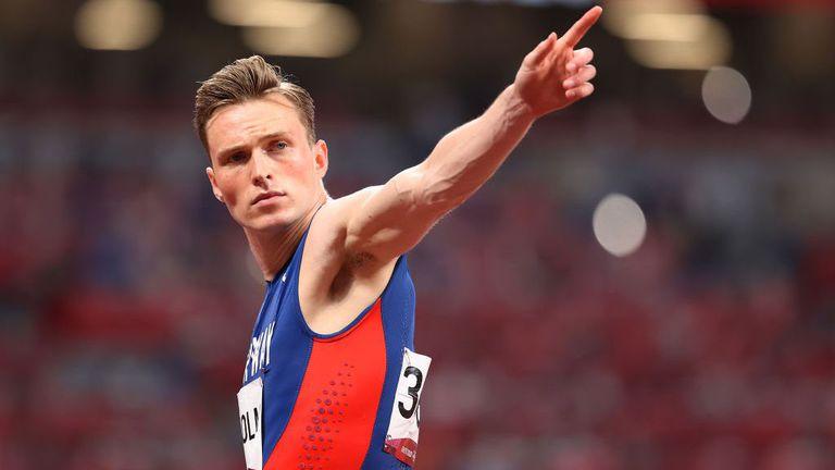 Световният рекордьор Вархолм с първо време в полуфиналите на 400 метра с препятствия