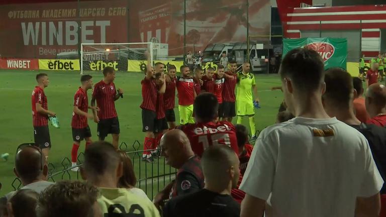 Радост за играчи и фенове на Локо Сф след победата над Локо Пд