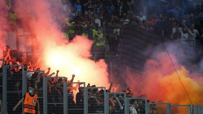Насилие и горящи факли на Марсилия - Галатасарай, чакат се тежки наказания