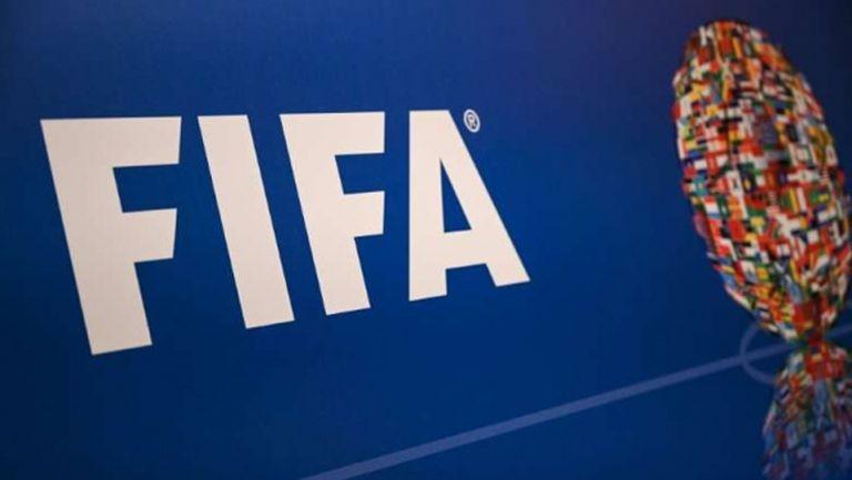 Меси ли се правителството в БФС - какво казват правилата на ФИФА?