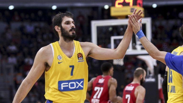 Тежка загуба за Олимпиакос и Везенков в Евролигата, Барселона с първо поражение за сезона