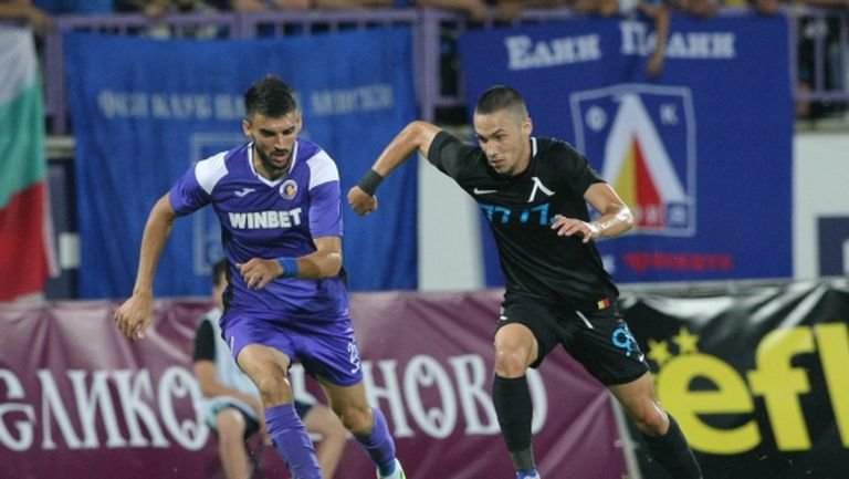 """Левски гони шеста поредна победа на """"Герена"""" и второто място в efbet Лига"""