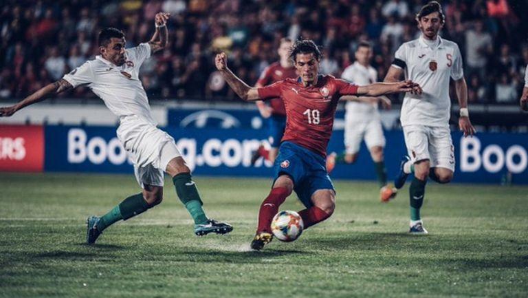 Чехия почти сигурно ще бъде без голямата си звезда срещу България