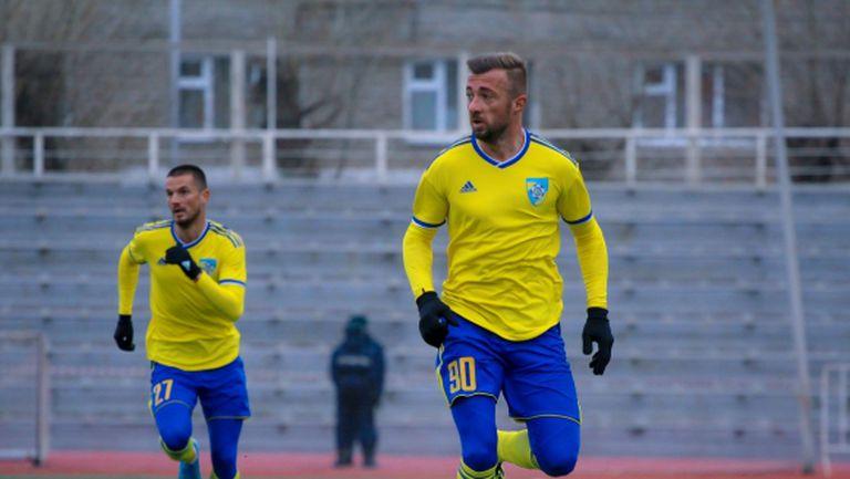 Мартин Тошев приключи сезона с гол и победа (видео)