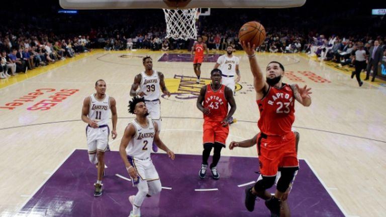 Торонто прекрати победната серия на Лейкърс