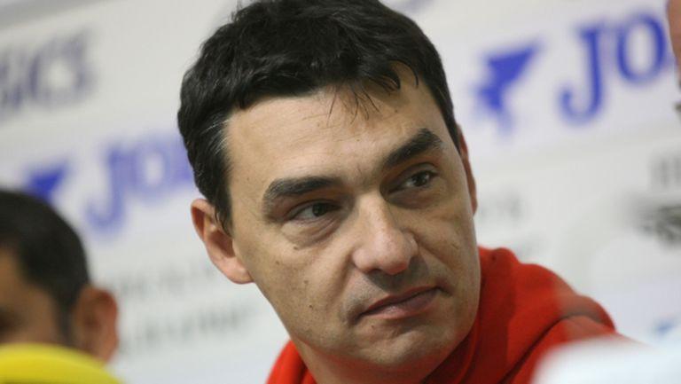 Владо Николов: Държавни пари се раздават на клубове около избори (видео)