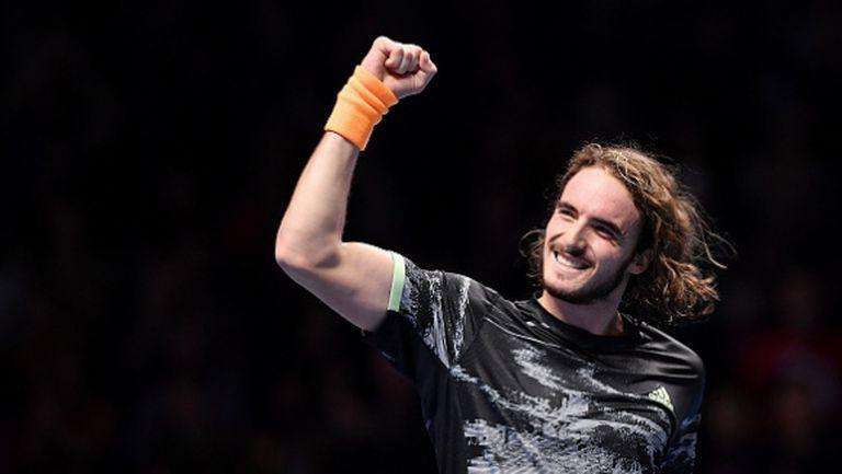 Блестящ Циципас отне надеждата на Федерер за финал в Лондон (видео)