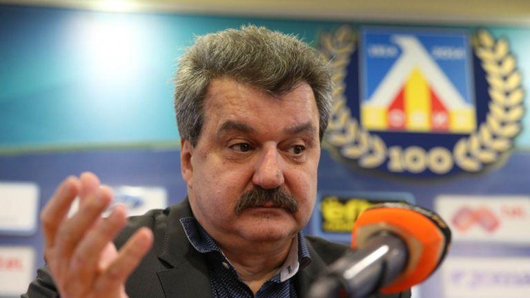 Тодор Батков: Клубните президенти да се разберат – да има ограничение за чужденците, ако трябва