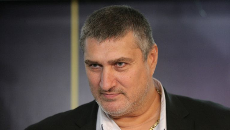 Издигат днес Любо Ганев за президент на волейбола