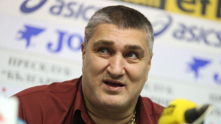 Издигнаха официално Любо Ганев за президент на волейбола (видео)