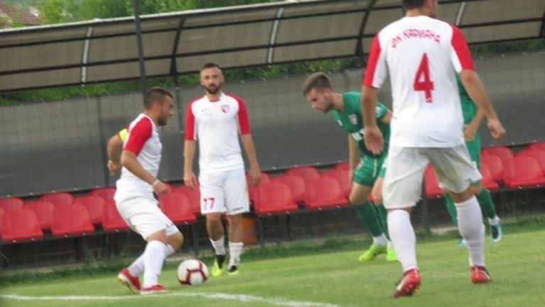 Николай Дичев се завръща в игра за Кариана