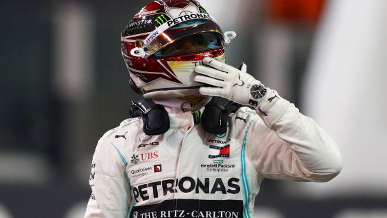 Люис Хамилтън завърши сезона във Формула 1 по шампионски
