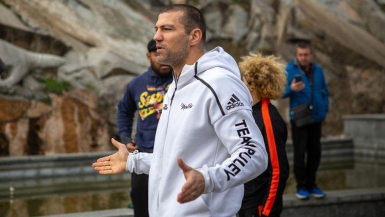 Първи стъпки в бокса с Тервел Пулев (видео)