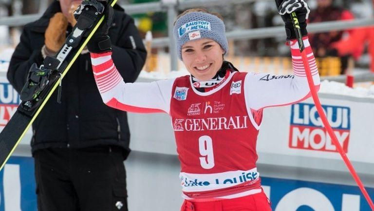 Никол Шмидхофер спечели спускането в Лейк Луиз